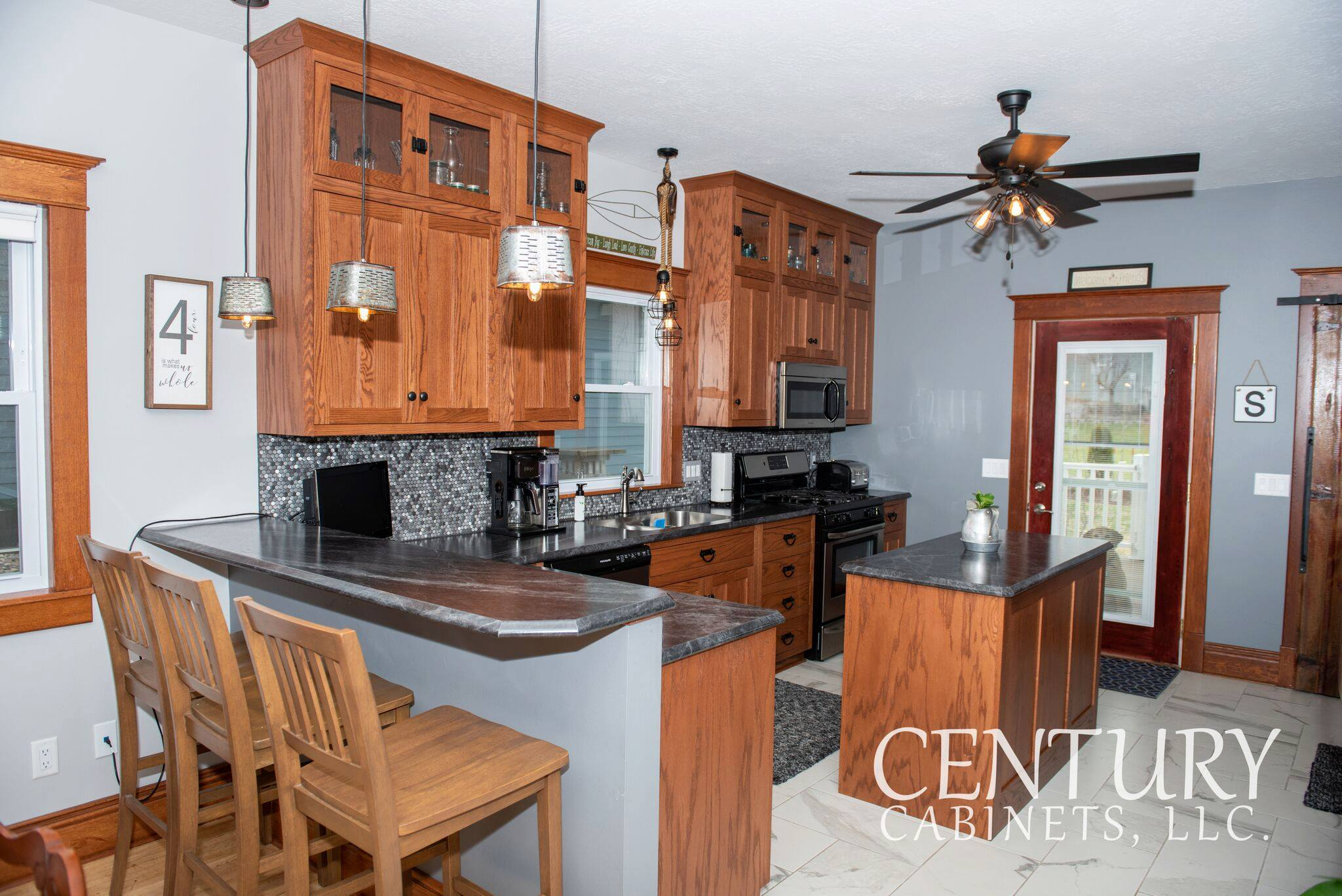 Oak Contemporary | Century Cabinets in Orange City, IA